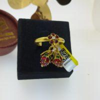 แหวน ดอกไม้ห้อยสตอเบอรี่ลงยา