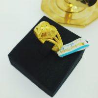 แหวน แฟนซีหัวใจจิกเพชร3ก้าน