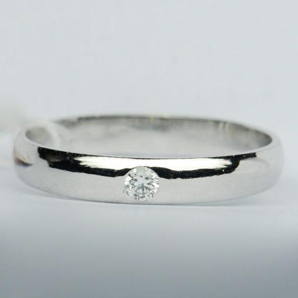 แหวนทองคำขาวฝังเพชร 0.065 กะรัต Color E(99) VVS1