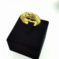 แหวนลูกคิดจิกเพชรขนแมว